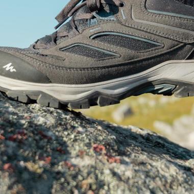 hoe-kies-je-wandelschoenen-trekkingschoenen-MH100-waterdicht