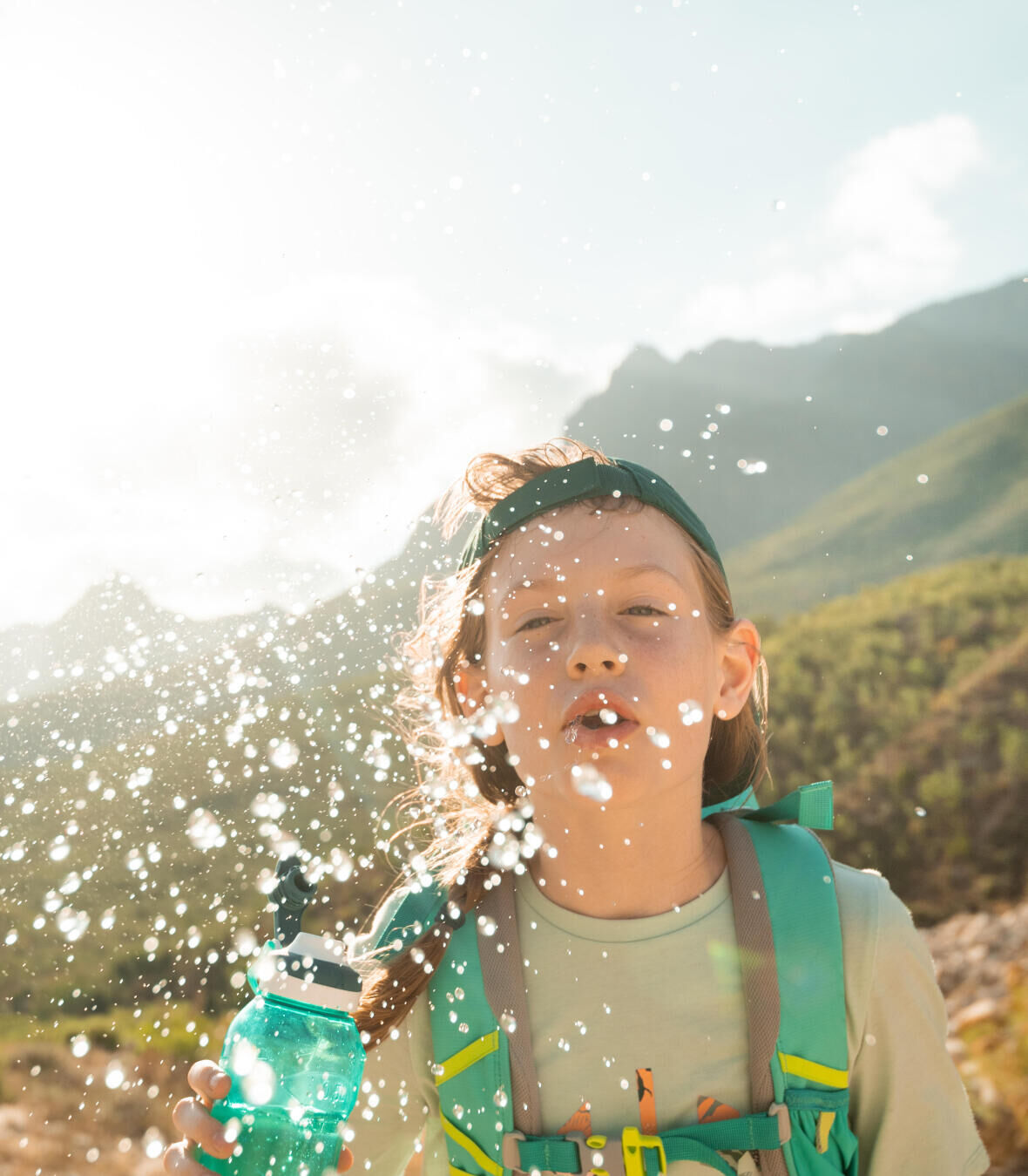 How to choose a hiking water bottle?