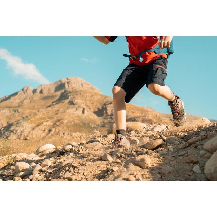 Chaussures imperméables de randonnée enfant avec lacet CROSSROCK MID grise 35-38