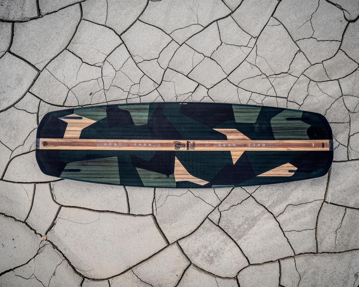 planche-wakeboard-decathlon.jpg