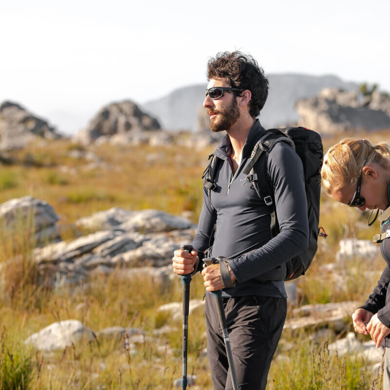 How to protect yourself properly from the sun in the mountains - title