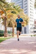 ÎMBRĂCĂMINTE DIN MATERIAL RESPIRANT JOGGING PRACTICARE CONSECVENTĂ BĂRBAȚI Alergare - Tricou Alergare Bărbaţi  KALENJI - Imbracaminte