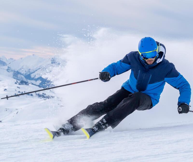 Scegliere la giusta misura di sci e bastoncini