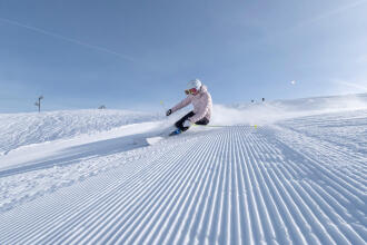 Bien farter et affûter ses skis