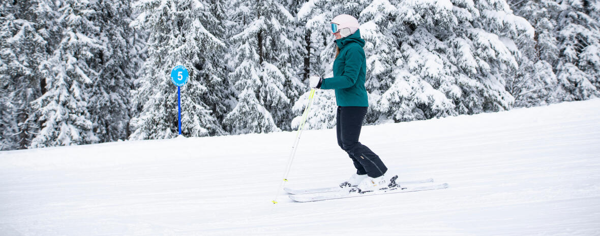 Discover downhill skiing