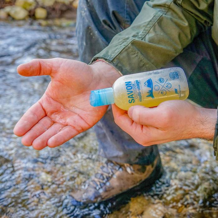 SAVON BIOLOGIQUE MULTI-USAGES POUR LE CAMPING
