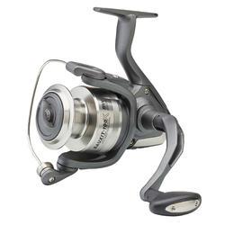 Molen vissen op licht woelige zee Bauxit-100 X SW 5000