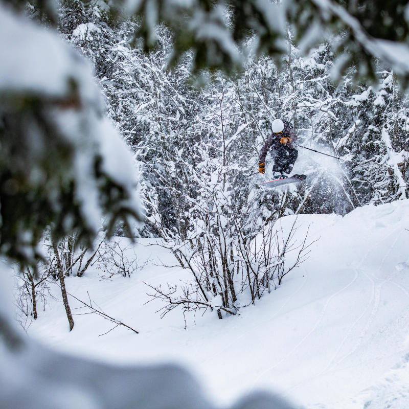 découvrir le ski freeride avec Decathlon