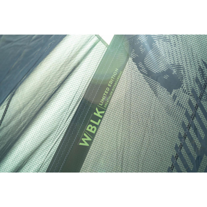 """Aile de Kitesurf nue """"W"""" crossover 12m2 -édition limitée BLACK"""
