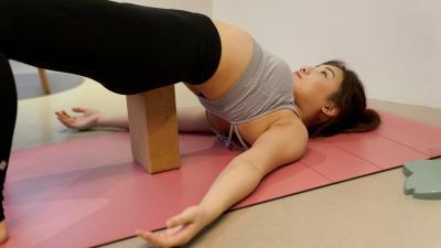 yoga%20pose1.jpg