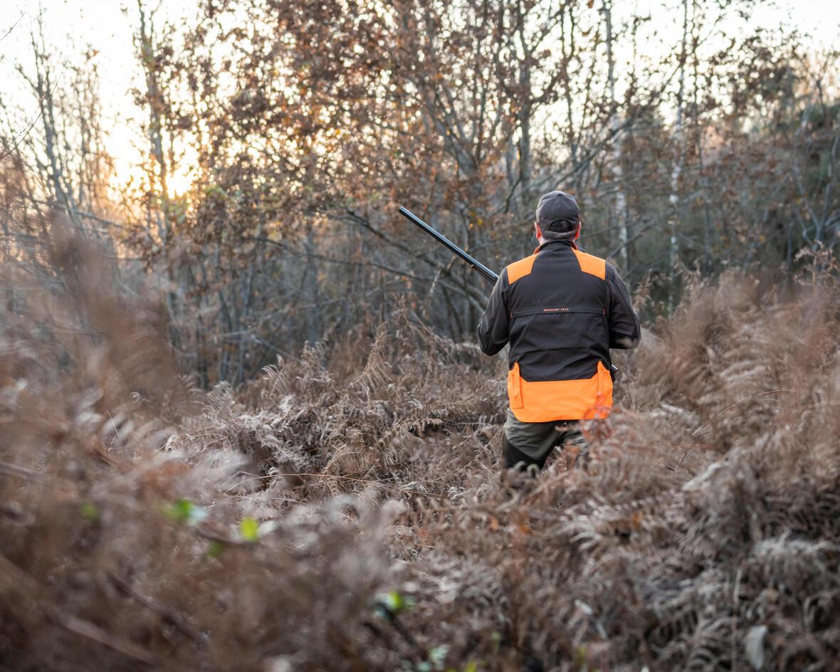 Gilet chasse avec empiècements orange idéal pour bécassier