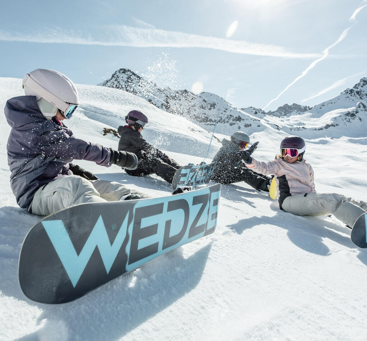 How to choose snowboard boots for your child