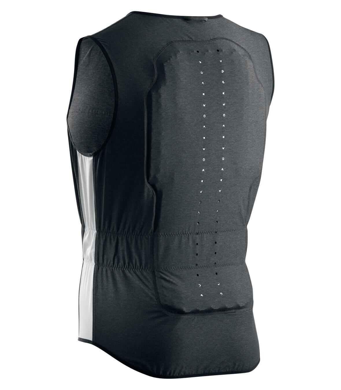 Decathlon back protection