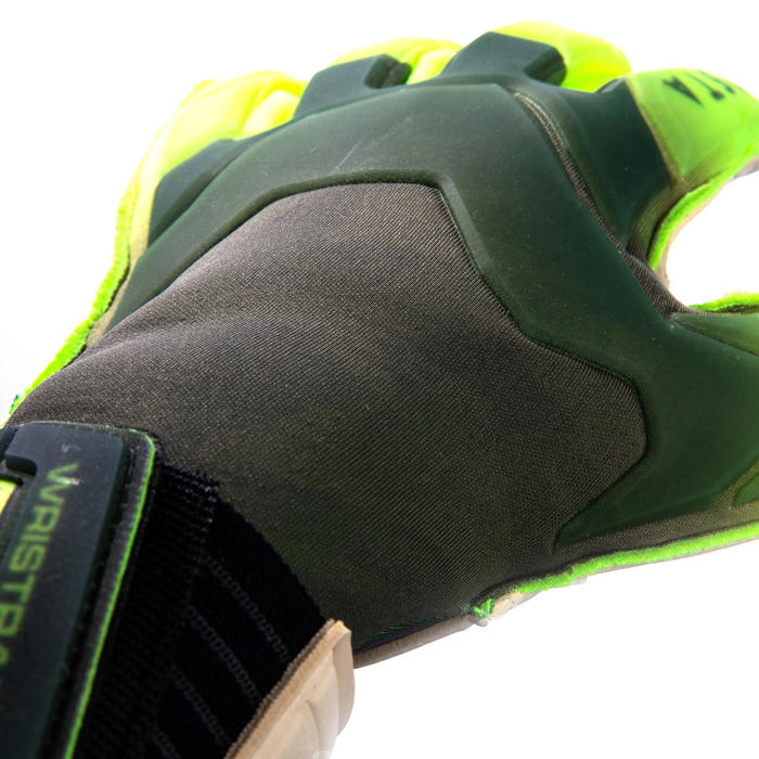 Keepershandschoenen voetbal volwassenen F900 platte naden zwart/geel