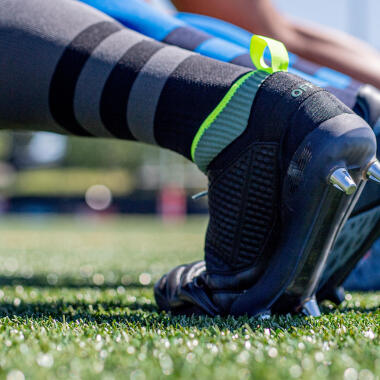 conseils-comment-choisir-des-chaussures-de-rugby-Offload-R100