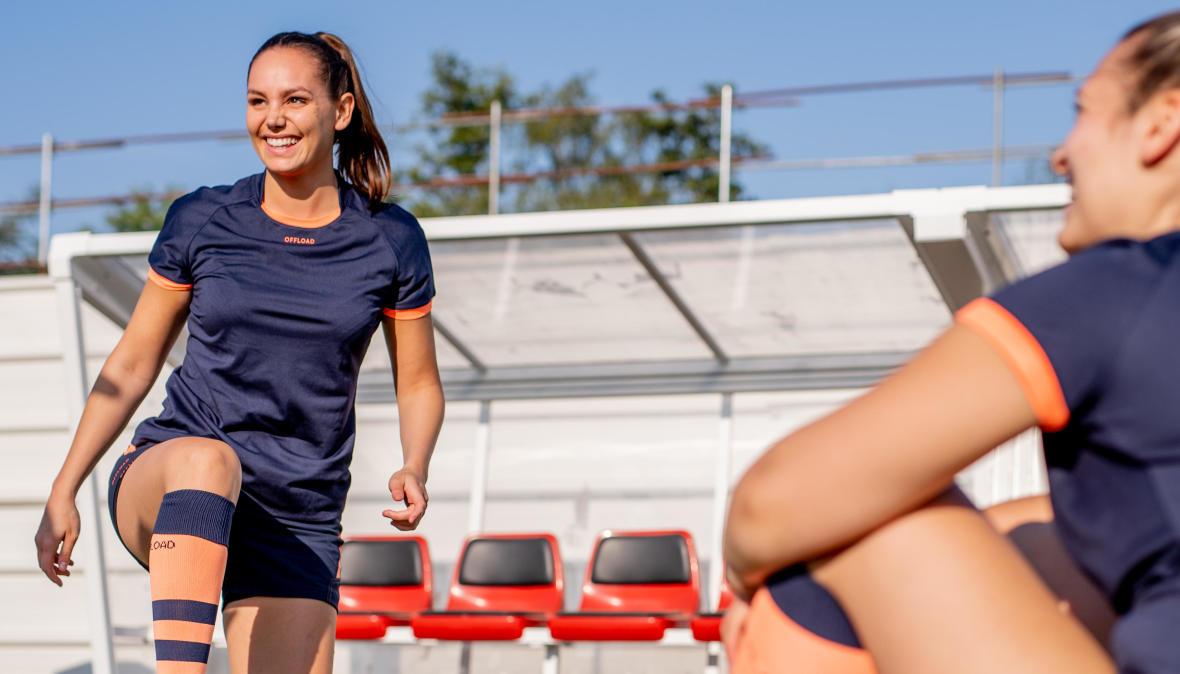 conseils-comment-choisir-son-équipement-de-rugby-féminin-maillot