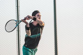 Technique Tennis : le décalage de coup droit