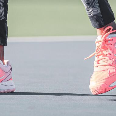 Comment choisir les bonnes chaussures de tennis pour son enfant ?