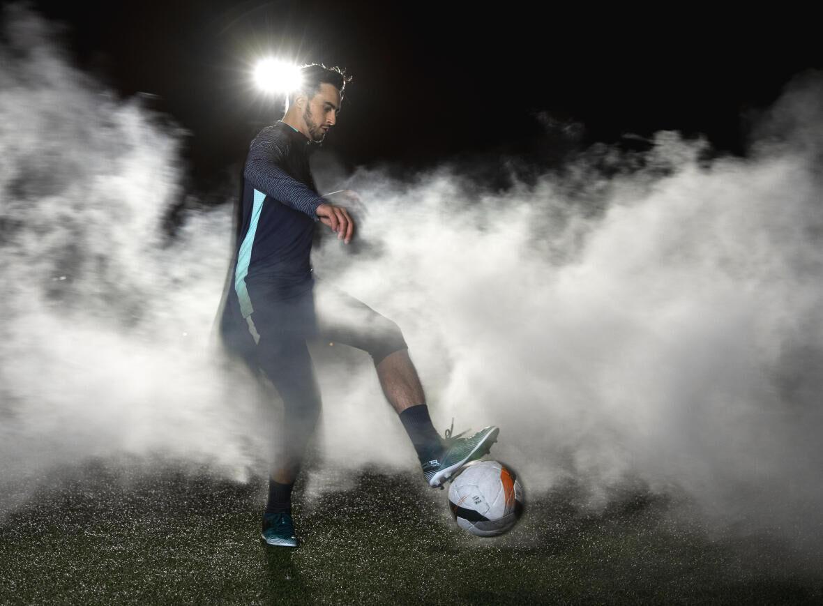 KIPSTA - Ontdek de CLR voetbalschoenen!