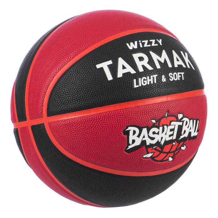 Ballon de basket enfant Wizzy basketball noir bordeaux taille 5 jusqu'a 10 ans.