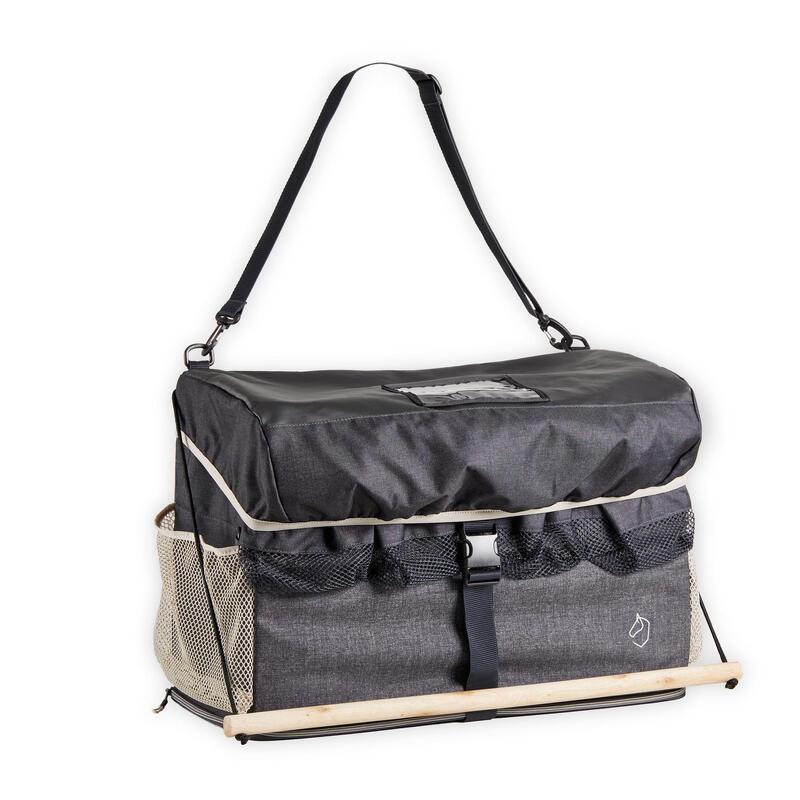 Pansage, brosses, boîtes de pansage, sac de transport