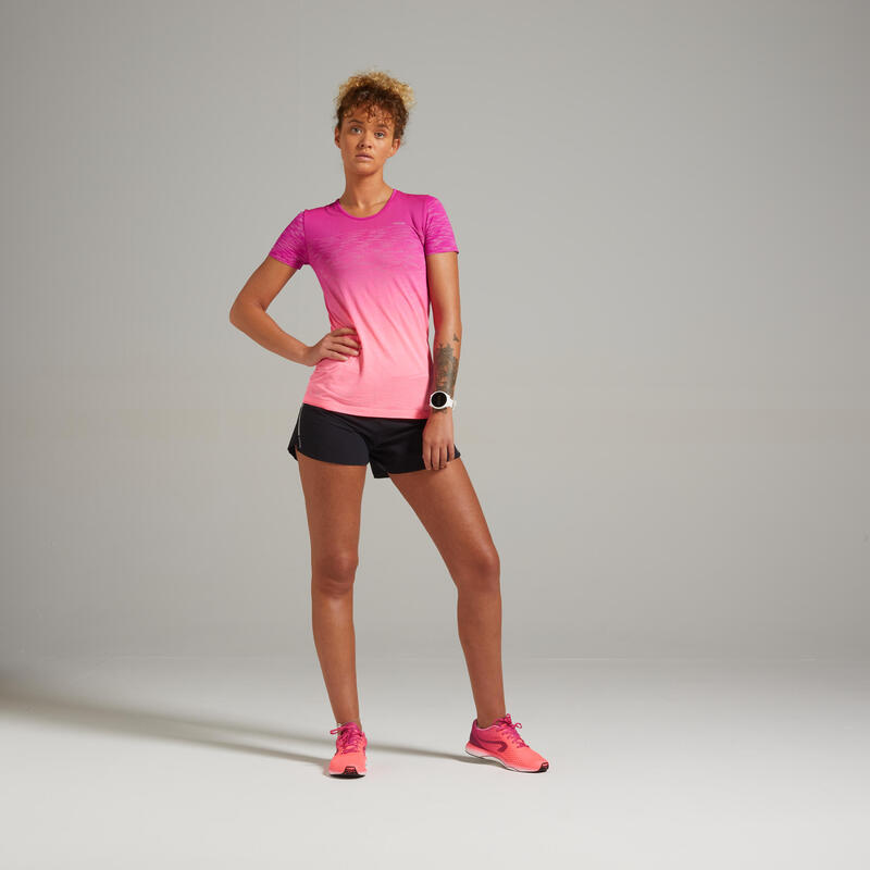 เสื้อยืดผู้หญิงระบายอากาศได้ดีสำหรับใส่วิ่งรุ่น Kiprun Care (สีแดง)