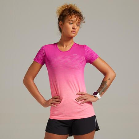 Футболка жіноча Kiprun Care для бігу червона