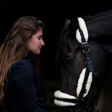 laury-anne-community-manager-fouganza-equitation-CM