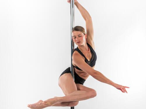 6 astuces pour bien débuter la pole dance