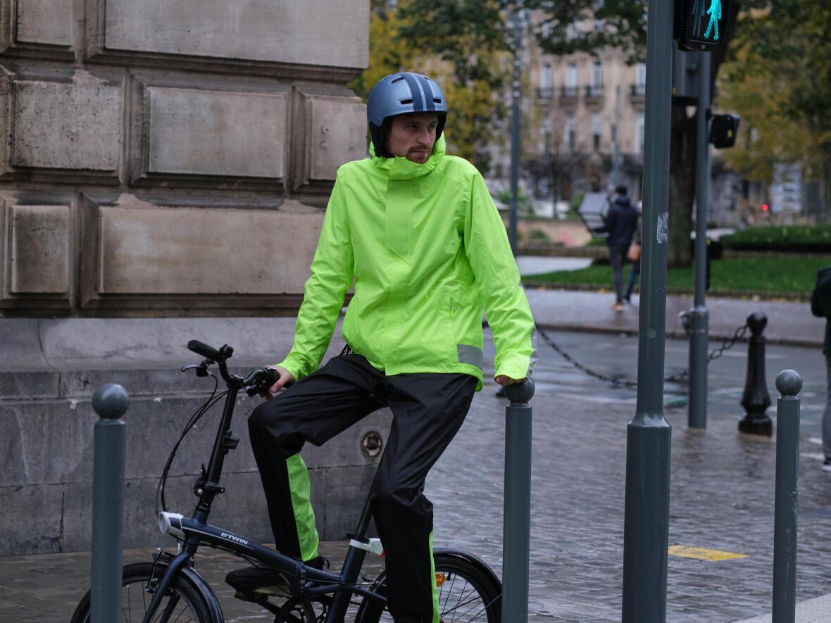 Se déplacer à vélo sous la pluie
