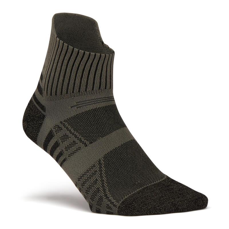 Sokken voor sportief wandelen nordic walking snelwandelen WS 900 Low kaki