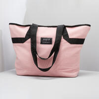 The sport tote: a must-have for your gym kit. For the gym... or anywhere!