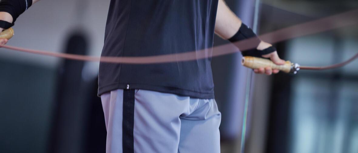 Boxe : pourquoi et comment utiliser une corde à sauter ?