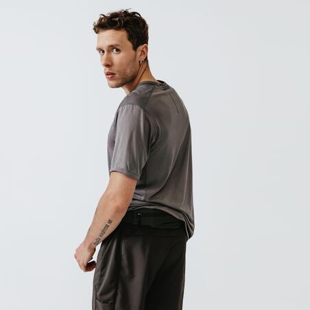 KALENJI DRY+ MEN'S BREATHABLE RUNNING T-SHIRT - GREY