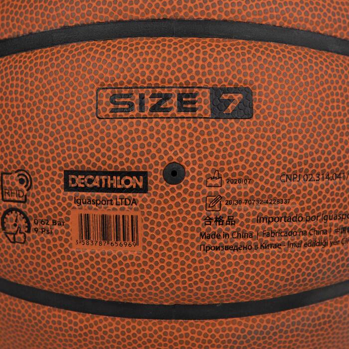 Ballon de basket BT900 Grip de taille 7. Homologué FIBA pour garçon et adulte
