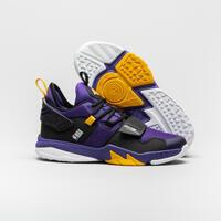 Kids' Basketball Shoes SS500M - Purple NBA Los Angeles Lakers