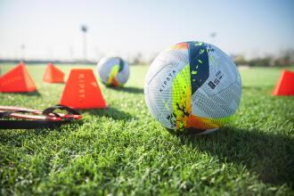 KIPSTA F950 FIFA PRO is de officiële matchbal voor de Pro League Supercup 2021