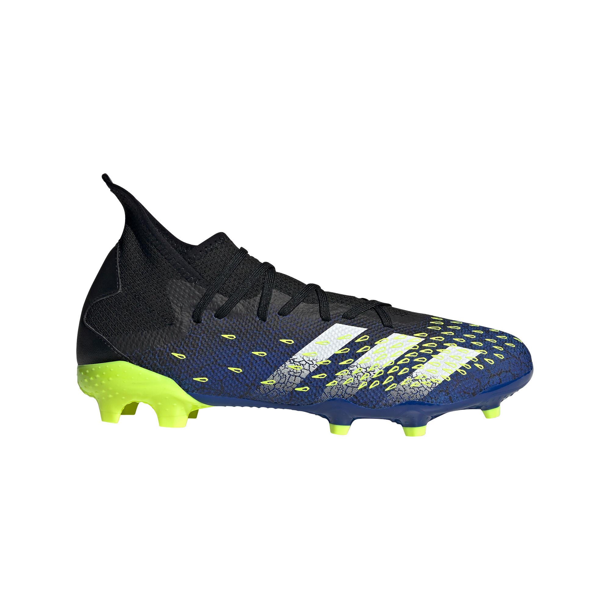 Chaussures de football Predator Freak .3 FG adidas adulte