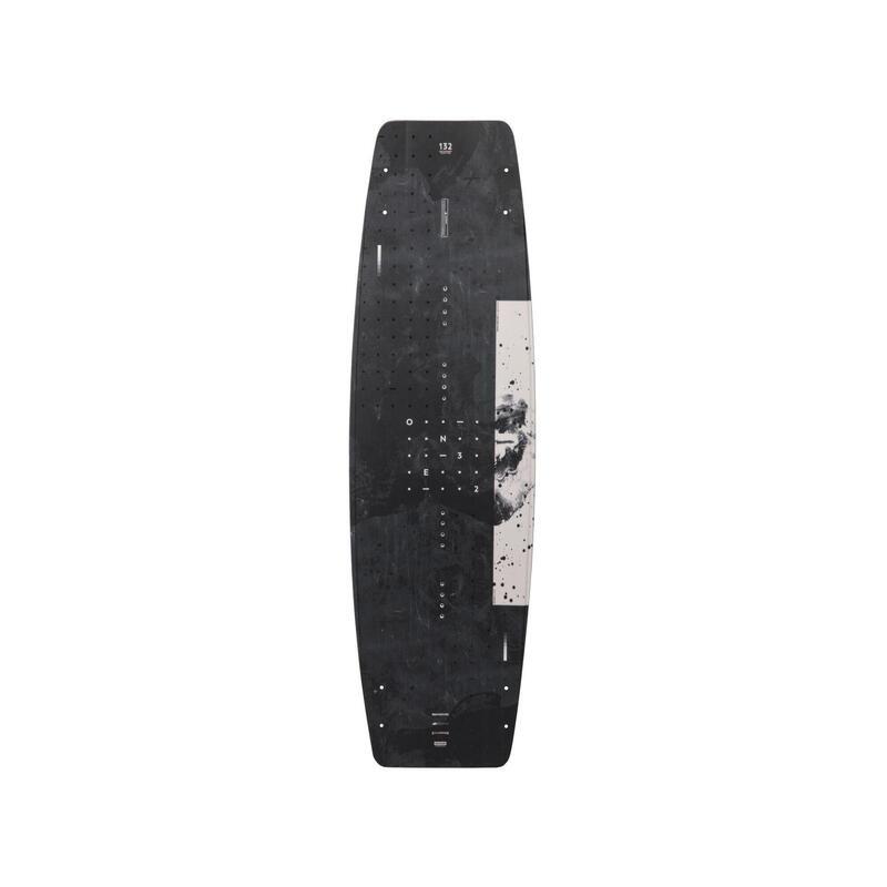 Planches de wakeboard et chausses