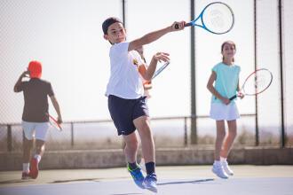 las-vara-rad-om-du-valjer-tennisracket-for-barn