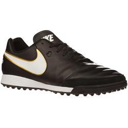 Chaussure football...