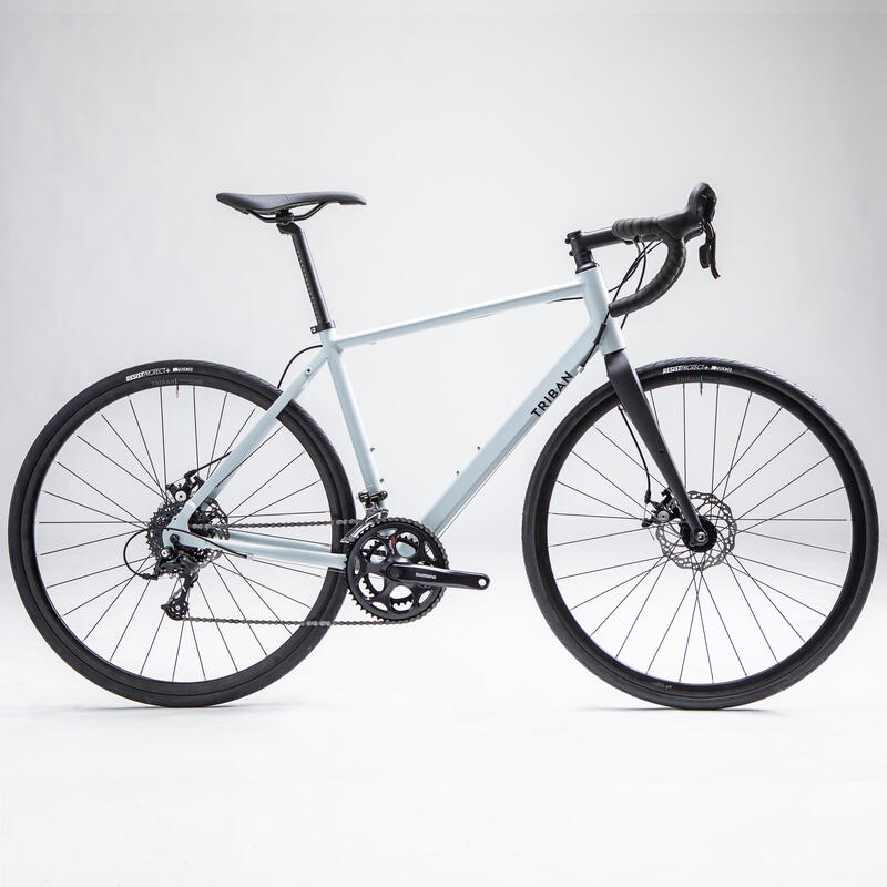 Racefiets voor recreatief fietsen RC120 schijfremmen lichtgrijs