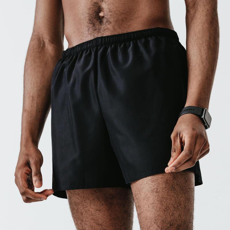 กางเกงขาสั้นผู้ชายสำหรับใส่วิ่งรุ่น RUN DRY (สีดำ)