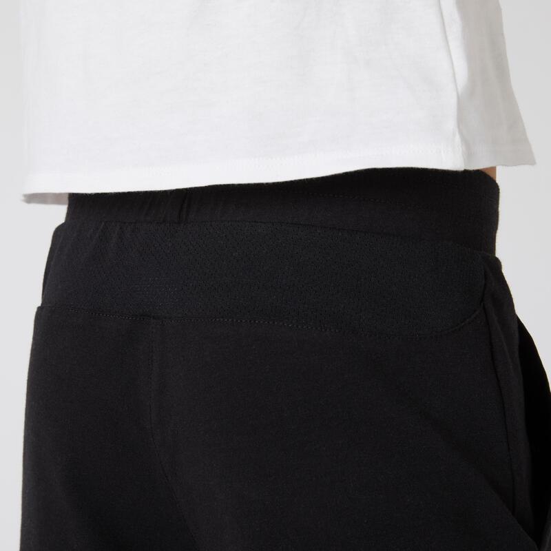 กางเกงขาสั้นเด็กผู้ชายระบายอากาศสำหรับกายบริหารทั่วไปรุ่น 500 (สีดำ)