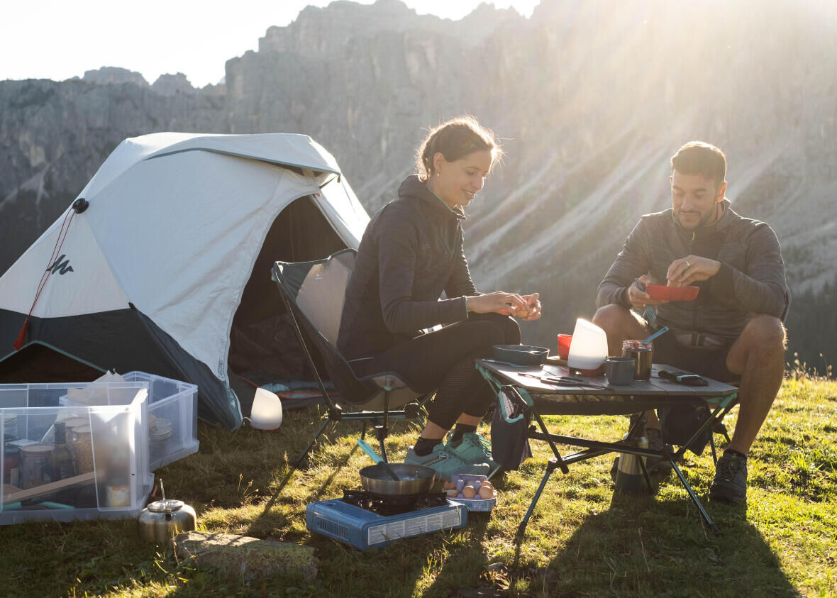 How to cook when camping or staying in a campervan