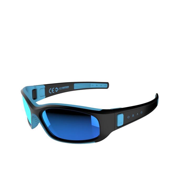 Zonnebril trekking voor kinderen 4-6 jaar Kid 700 zwart en blauw categorie 3