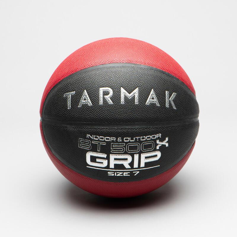 Ballon de Basket Adulte BT500 Grip Taille 7 - Noir/Rouge