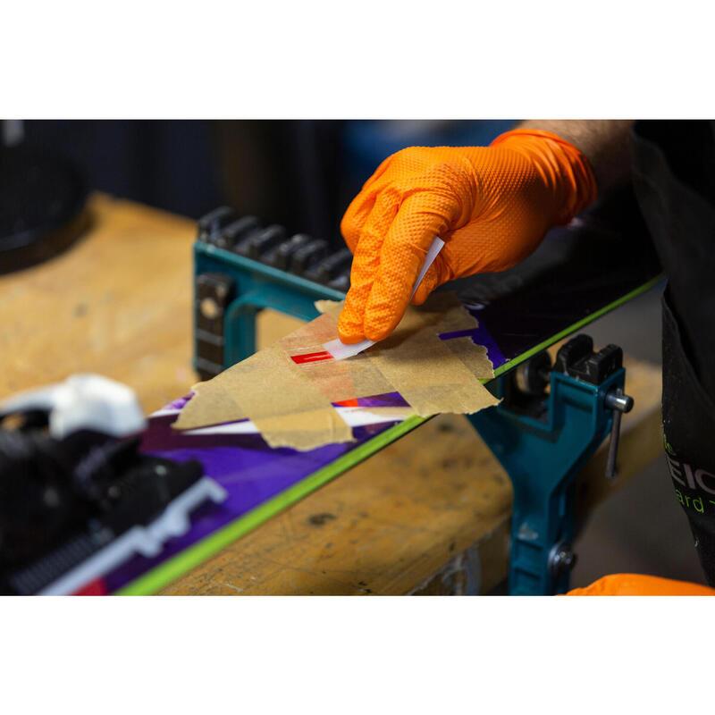 Réparation du topsheet d'un ski ou planche de snowboard