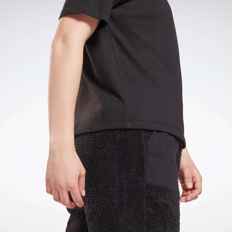 ЖЕНСКИЕ ФУТБОЛКИ ‒ ЛЕГГИНСЫ ‒ ШОРТЫ Одежда - Футболка жен черная Reebok REEBOK - Одежда