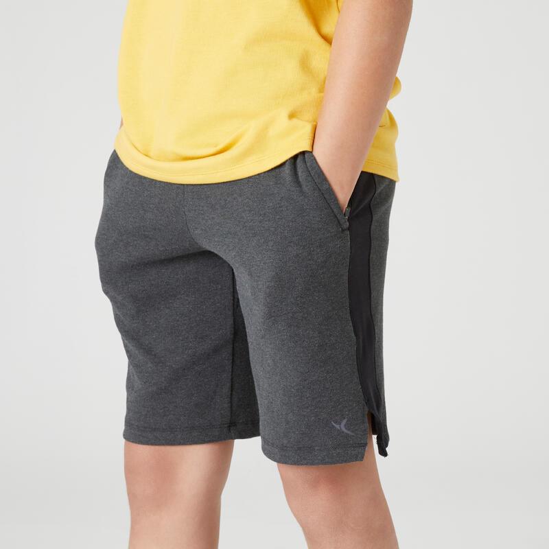 กางเกงขาสั้นผ้าฝ้ายระบายอากาศมีกระเป๋าซิปสำหรับเด็กผู้ชายเพื่อการบริหารทั่วไปรุ่น 500 สีเทาเข้ม Marl